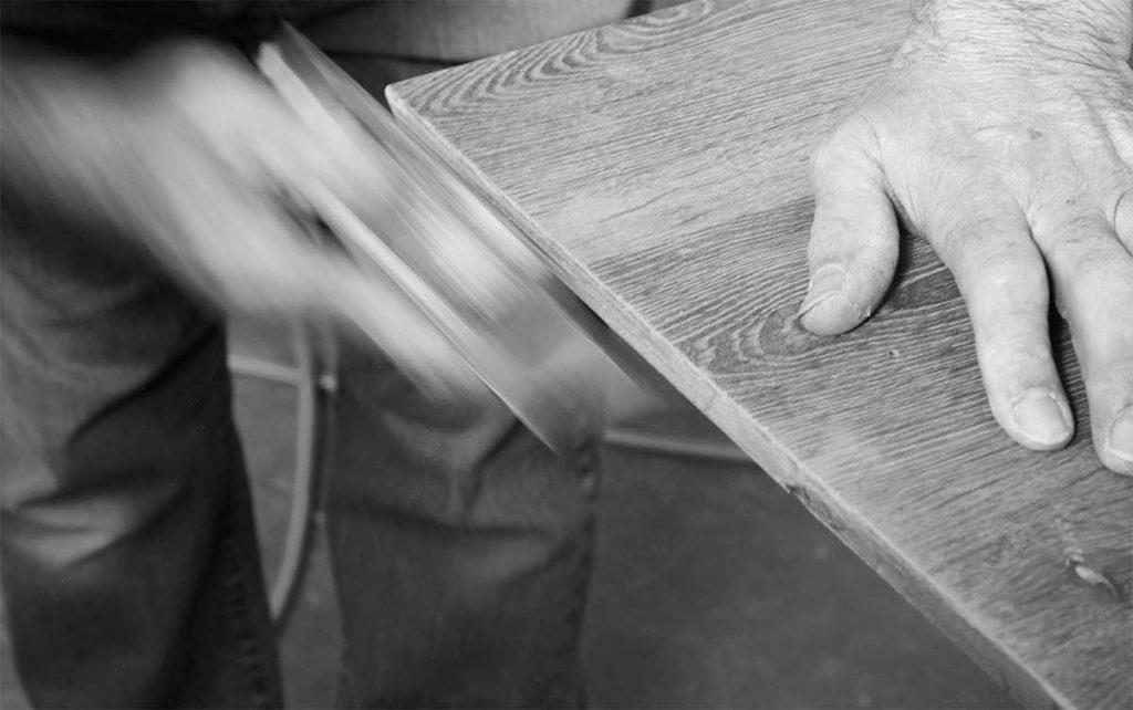 lavorazione artigianale per arredamenti esclusivi realizzati con il metodo 3p(zero) da Ceccato Arredamenti ambienti di carattere